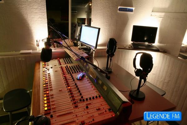 légende fm [PLOUGUERNEAU(29)] Studio%20L%C3%A9gende%20FM
